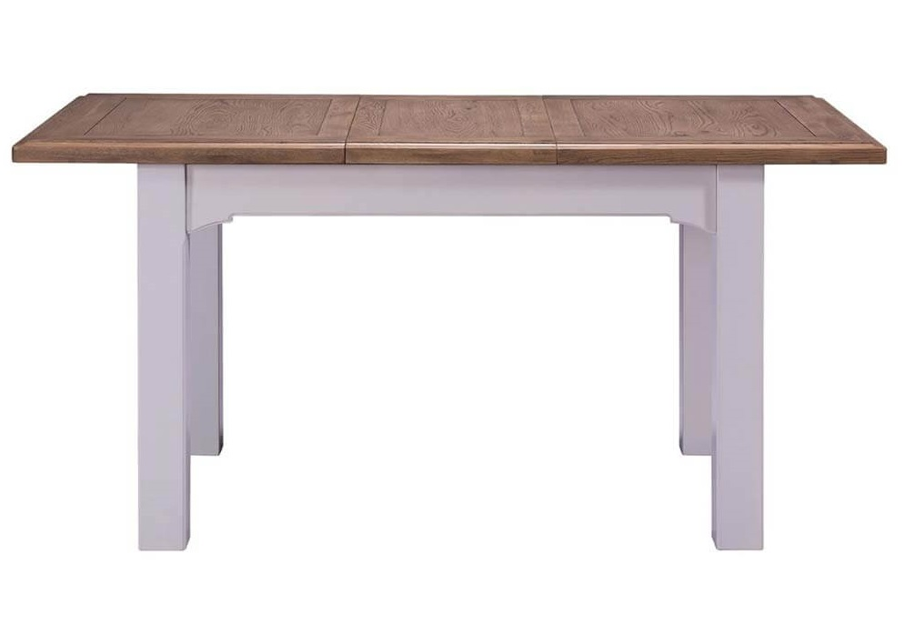 Roxy dining table